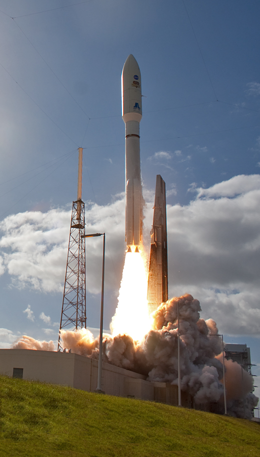 Spaceflight Now  Atlas  Gallery: Atlas 5 rocket heads for Mars