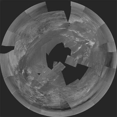 Primera imagen de Titán. Crédito Huygens ESA/U Arizona.