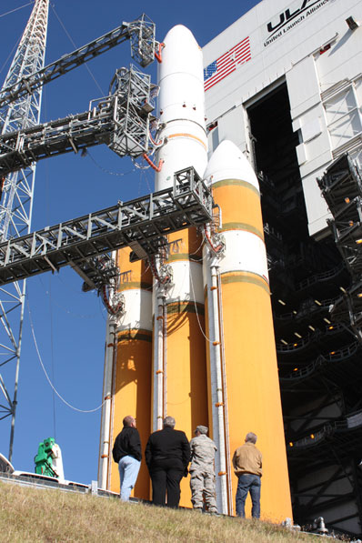 Lancement Delta IV Heavy / NROL-26 (17/01/2009) - Page 2 03