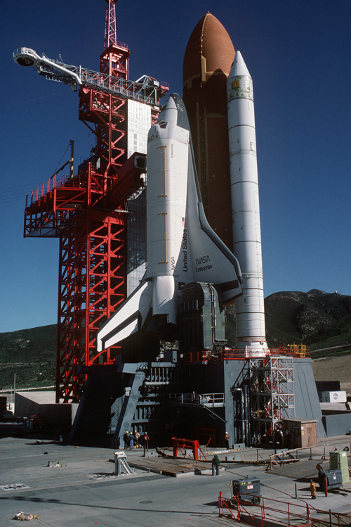 Polar Service Center >> Spaceflight Now   Delta Launch Report   Final look at the West Coast space shuttle