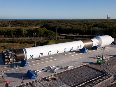 Spaceflight Now | Breaking News | New SpaceX Falcon 9 ...