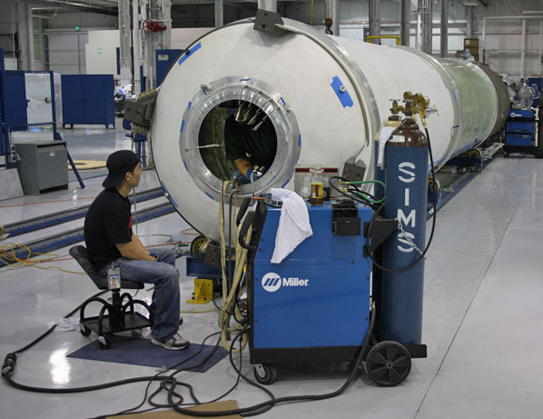 inside spacex factory - photo #11