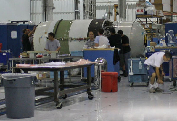 inside spacex factory - photo #17