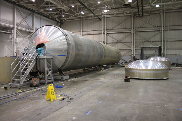 inside spacex factory - photo #22