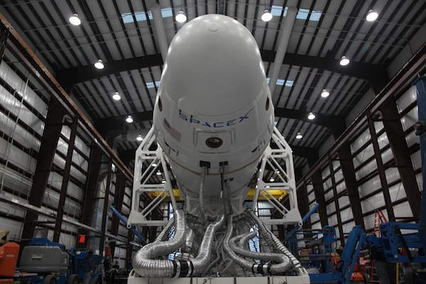 Falcon 9 / Dragon (vol COTS 1) (08/12/2010) - Page 2 01