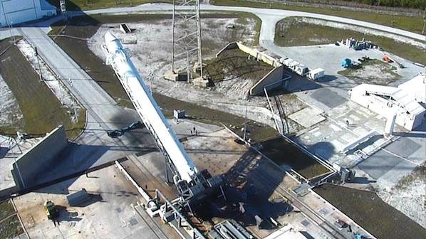 Falcon 9 / Dragon (vol COTS 1) (08/12/2010) - Page 2 03