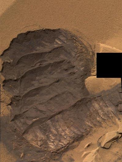 Une dune...craquante ! Comme un moelleux au chocolat ! (crédit : NASA/JPL)