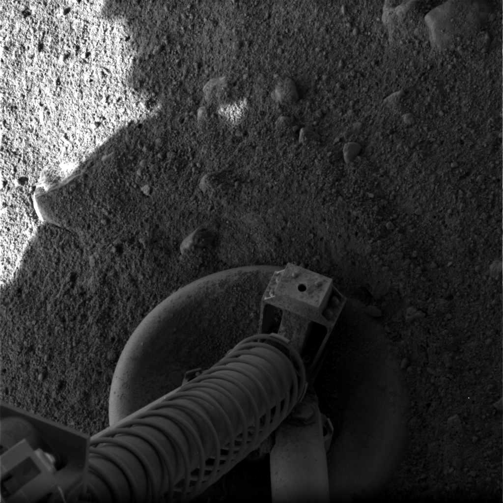 http://spaceflightnow.com/mars/phoenix/images/lg_320.jpg