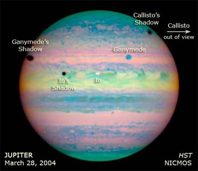 Spaceflight Now | Breaking News | Hubble spots rare triple ...