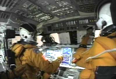 the details of the space shuttle challenger disaster A new nasa report says that the seat restraints, suits and helmets of the doomed crew of the space shuttle columbia were not designed to cope with the catastrophe, leading to lethal trauma.