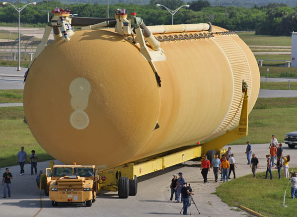 space shuttle white fuel tank - photo #42