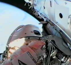 astronauts in space blowing nose - photo #18