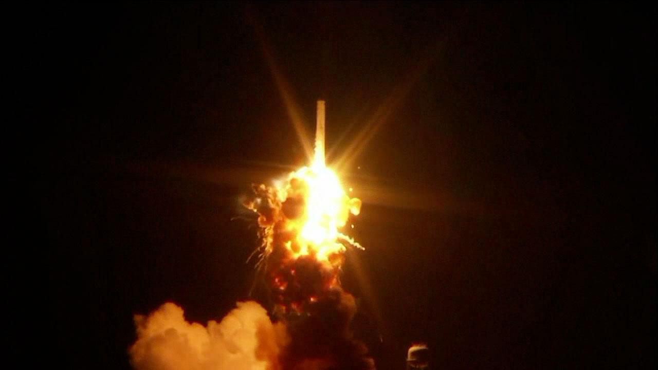 Orbital Sciences rocket station cargo ship lost in spectacular
