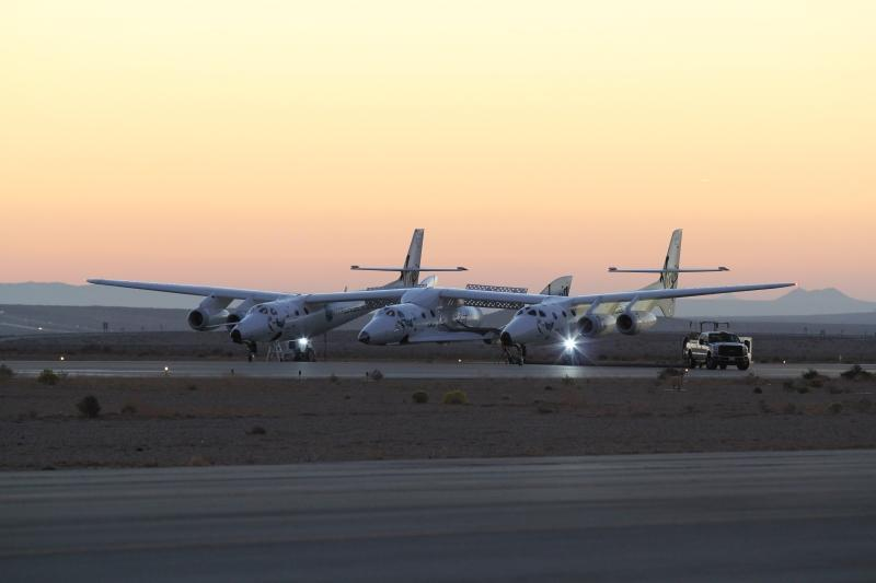 Spaceship Two and its mothership WhiteKnightTwo earlier today. Photo: Scaled Composites / Jason DiVenere.
