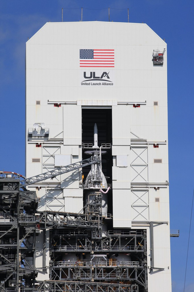 The Orion spacecraft stands 73 feet tall. Credit: ULA