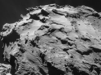 Comet_on_7_December_2014_NavCam-1