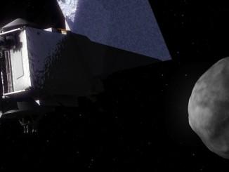 Artist's concept of the OSIRIS-REx spacecraft at asteroid Bennu. Credit: NASA's Goddard Space Flight Center Conceptual Image Lab