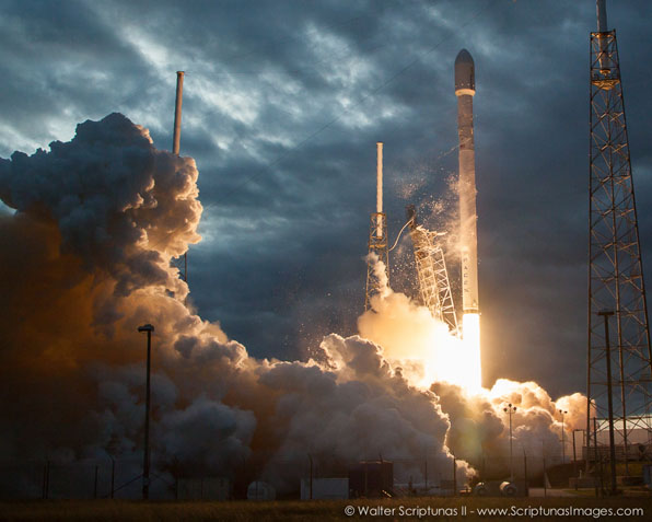 SpaceX's Falcon 9 rocket takes off with a Thaicom communications satellite on Jan. 6, 2014. Credit: Walter Scriptunas II/Scriptunas Images