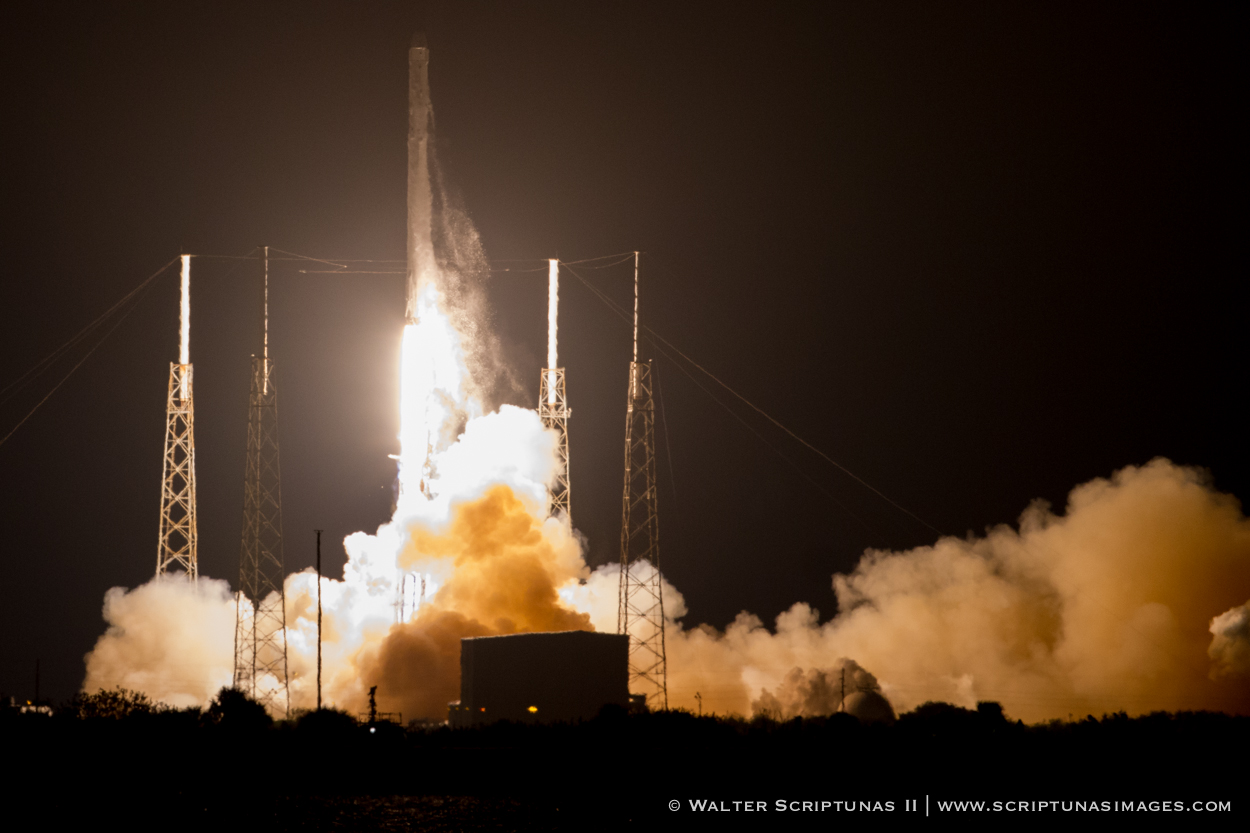 The Falcon 9 rocket lifted off at 4:47 a.m. EST (0947 GMT) from Cape Canaveral's Complex 40 launch pad. Credit: Walter Scriptunas II/Scriptunas Images