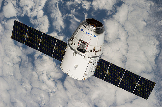 A SpaceX Dragon spacecraft approaches the International Space Station in September 2014. Credit: NASA