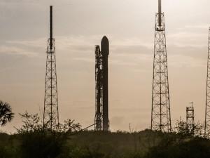 Scriptunas_SpaceX_Eutelsat-6821 copy