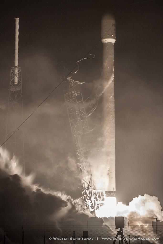 Scriptunas_SpaceX_Eutelsat-8948