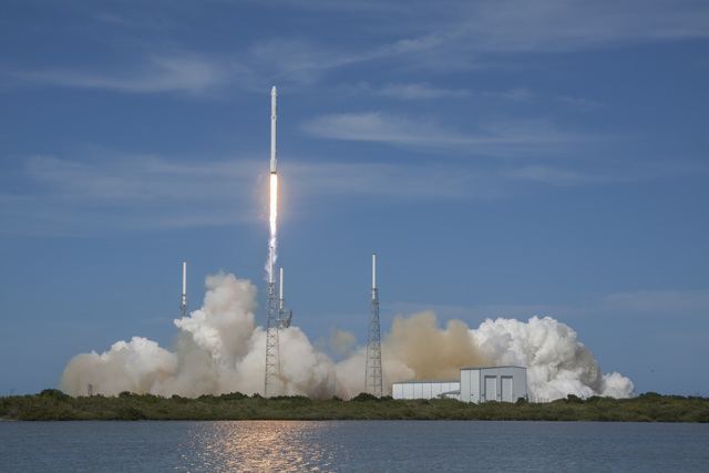 A SpaceX Falcon 9 rocket lifts off from Cape Canaveral at 4:10 p.m. EDT (2010 GMT). Credit: SpaceX