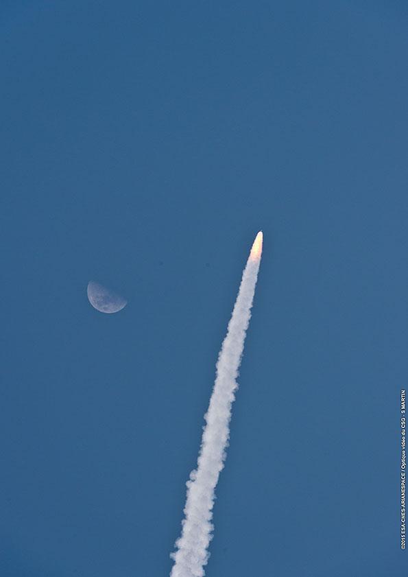 Credit: ESA/CNES/Arianespace – Optique Video du CSG – S. Martin