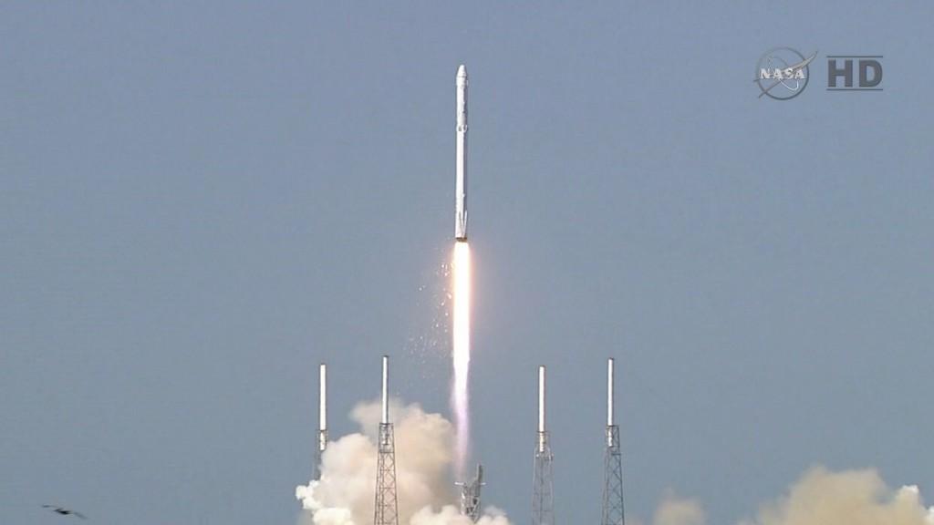 Photo credit: NASA TV/Spaceflight Now
