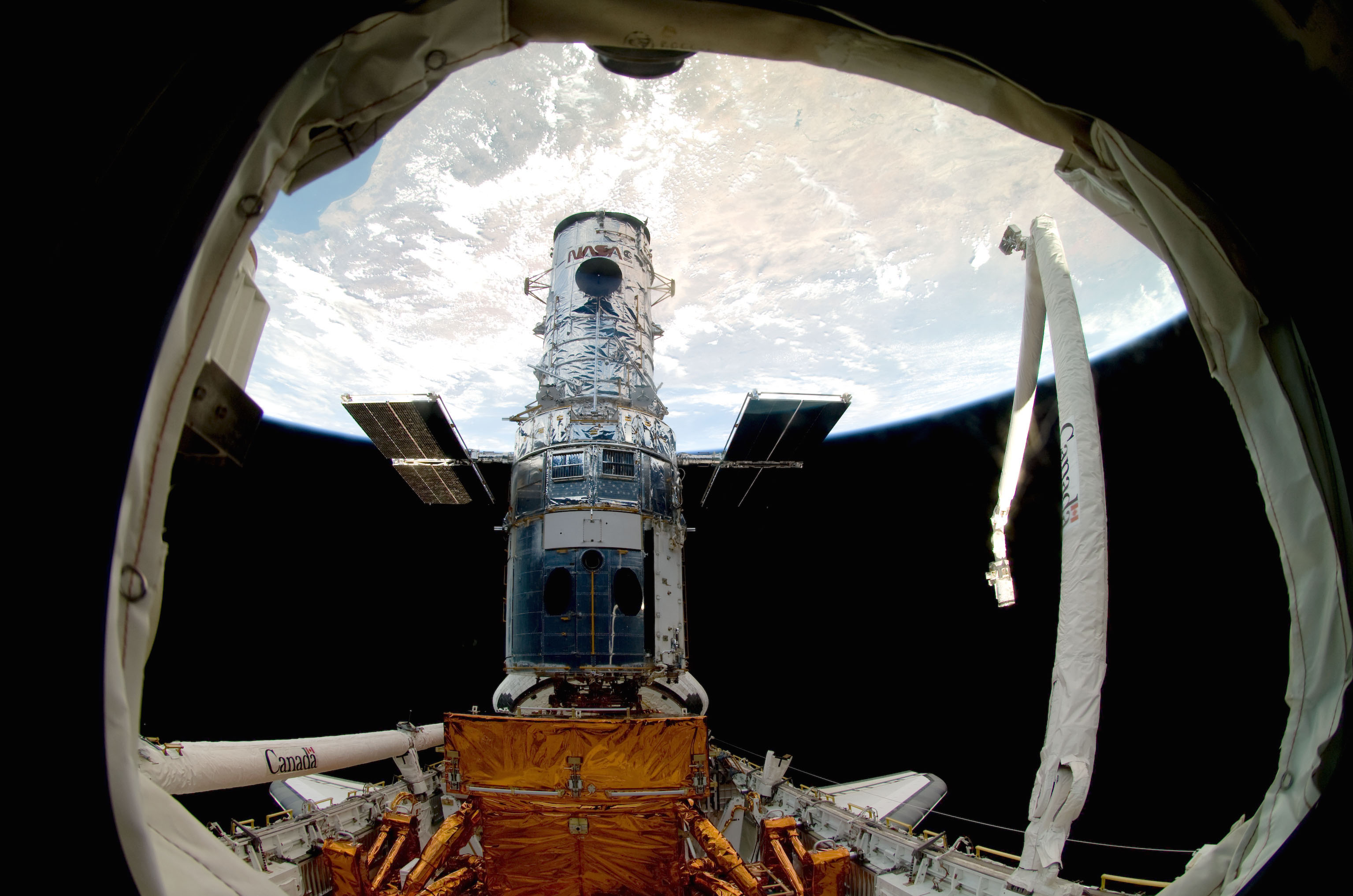 The Hubble Space Telescope in the payload bay of space shuttle Atlantis during the last servicing mission in May 2009. Credit: NASA