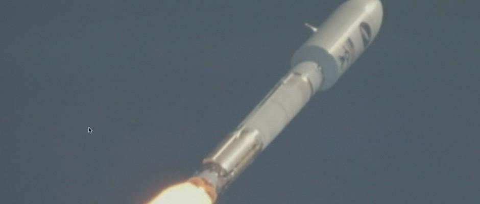 Closeup of ULA Atlas V 501 launch, May 20, 2015