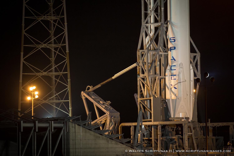Scriptunas_SpaceX_CRS&-6174