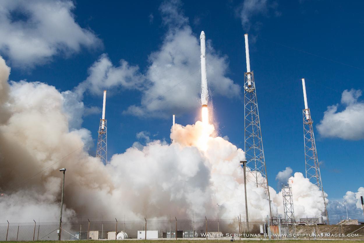 Scriptunas_SpaceX_CRS7-9275