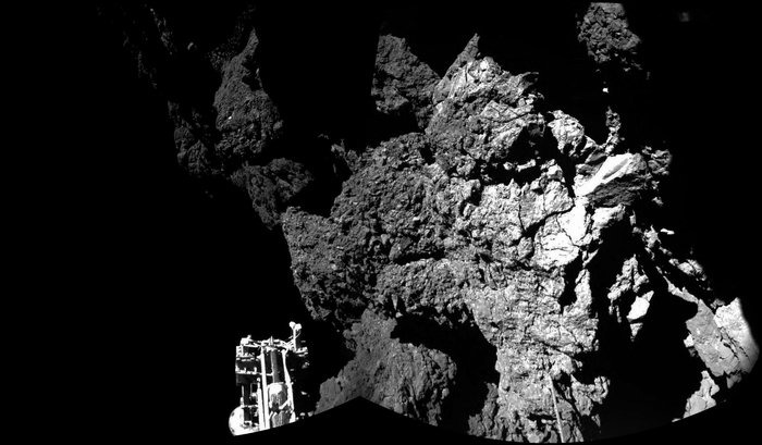 The first two images from Philae's CIVA panoramic camera after landing on comet 67P on Nov. 12, 2014. Credit: ESA/Rosetta/Philae/CIVA