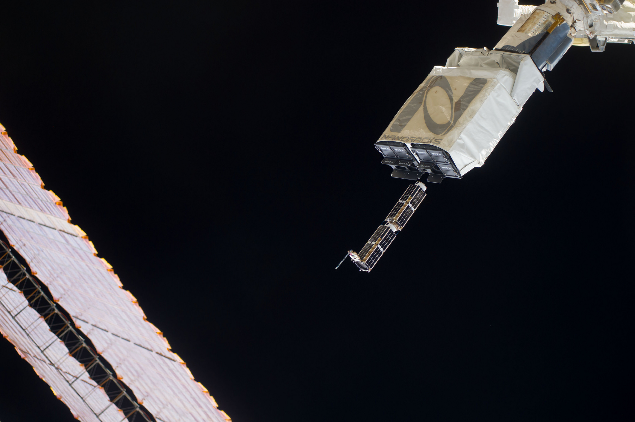 NASA: Tracking CubeSats is easy, but many stay in orbit ...