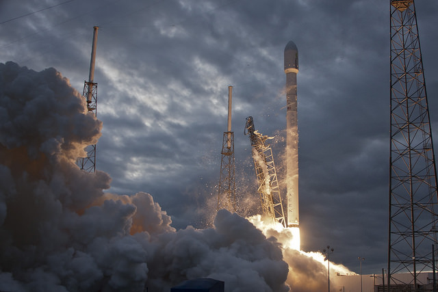 File photo of a previous Falcon 9 launch. Credit: SpaceX