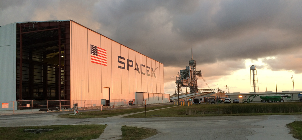 SpaceX's hangar at Kennedy Space Center's launch pad 39A. Credit: SpaceX