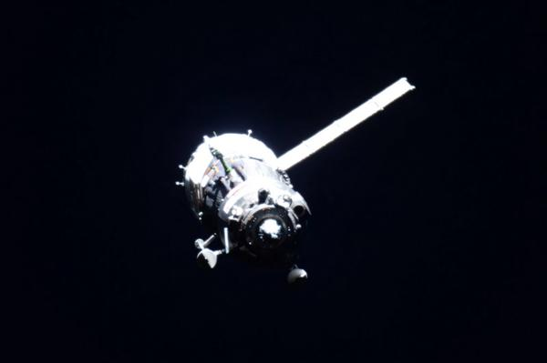 http://spaceflightnow.com/wp-content/uploads/2015/07/CKkaGxYUAAAU1td.jpg