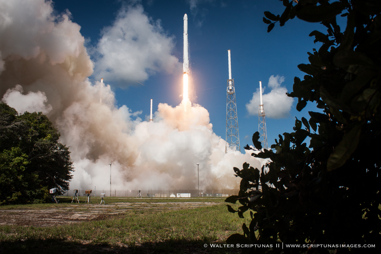 The Falcon 9 rocket disintegrated 2 minutes, 19 seconds after liftoff from Cape Canaveral on June 28. Credit: Walter Scriptunas II/Scriptunas Images