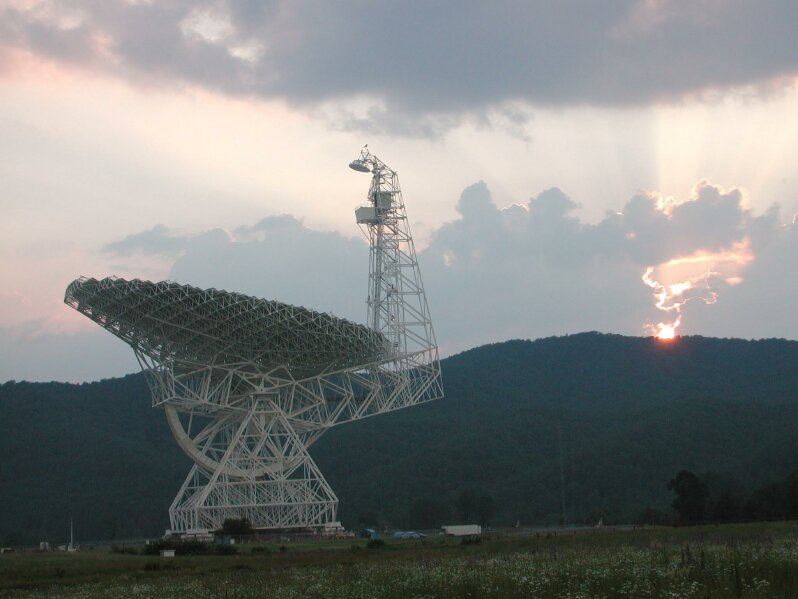 Green Bank Telescope in West Virginia is among the observatories to be used under the new SETI initiative announced Monday. Credit: NRAO