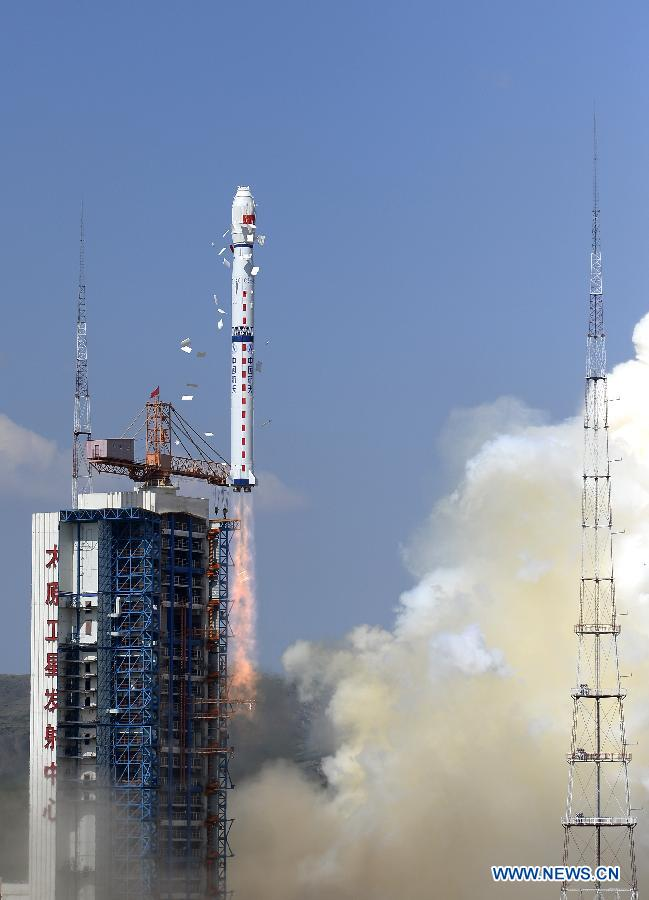 The Long March 4C rocket and Yaogan 27 satellite lifted off at 0231 GMT Thursday (10:31 p.m. EDT Wednesday). Credit: Xinhua