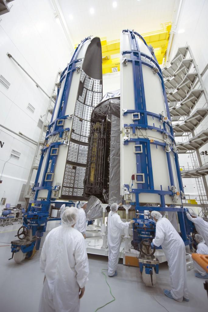 Atlas V 551 (MUOS-4) - 2.9.2015 4-683x1024