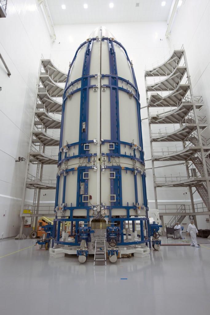 Atlas V 551 (MUOS-4) - 2.9.2015 6-683x1024