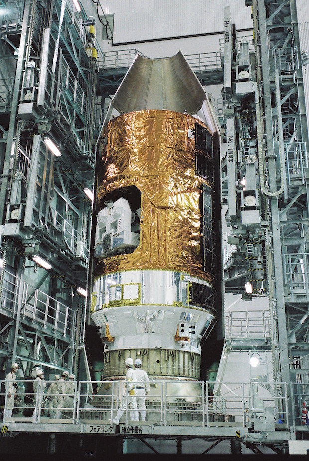 The HTV is enclosed inside the H-2B rocket's payload fairing. Credit: JAXA