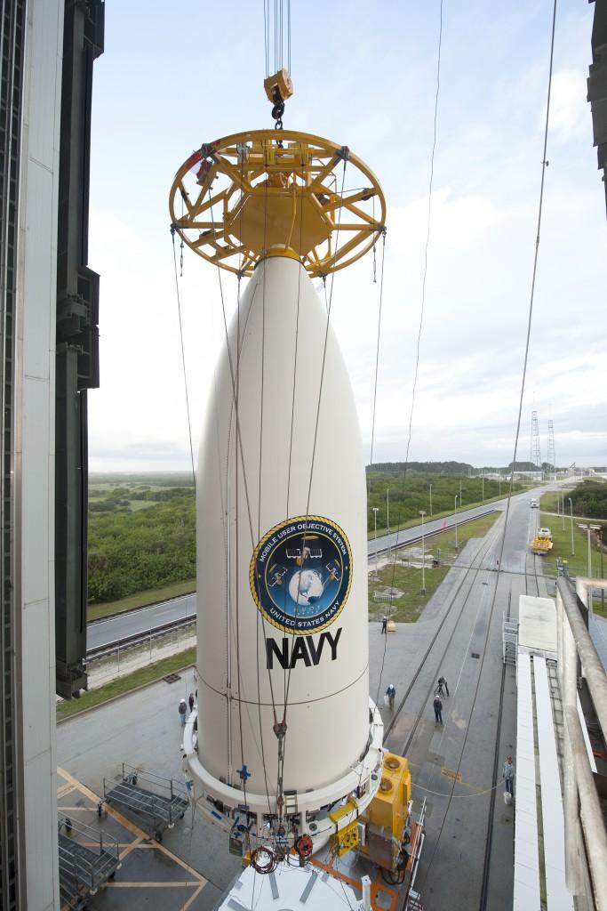 Atlas V 551 (MUOS-4) - 2.9.2015 Liftandmate-683x1024