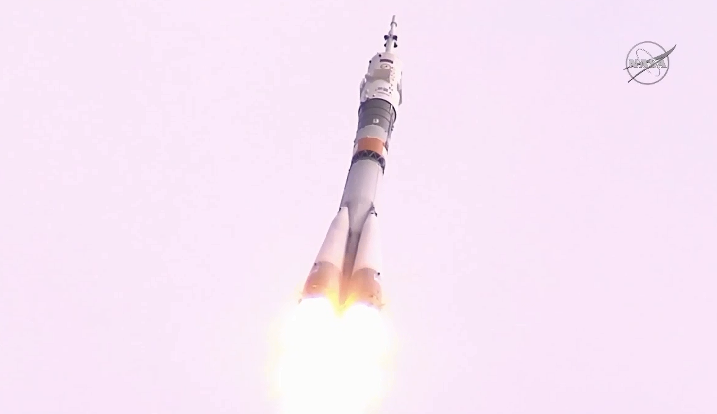 A Soyuz rocket carrying a crew of three lifted off at 0437 GMT (12:37 a.m. EDT) Wednesday from the Baikonur Cosmodrome. Credit: NASA TV