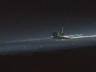 20150928-Feature-Image-STS-135-landing-video