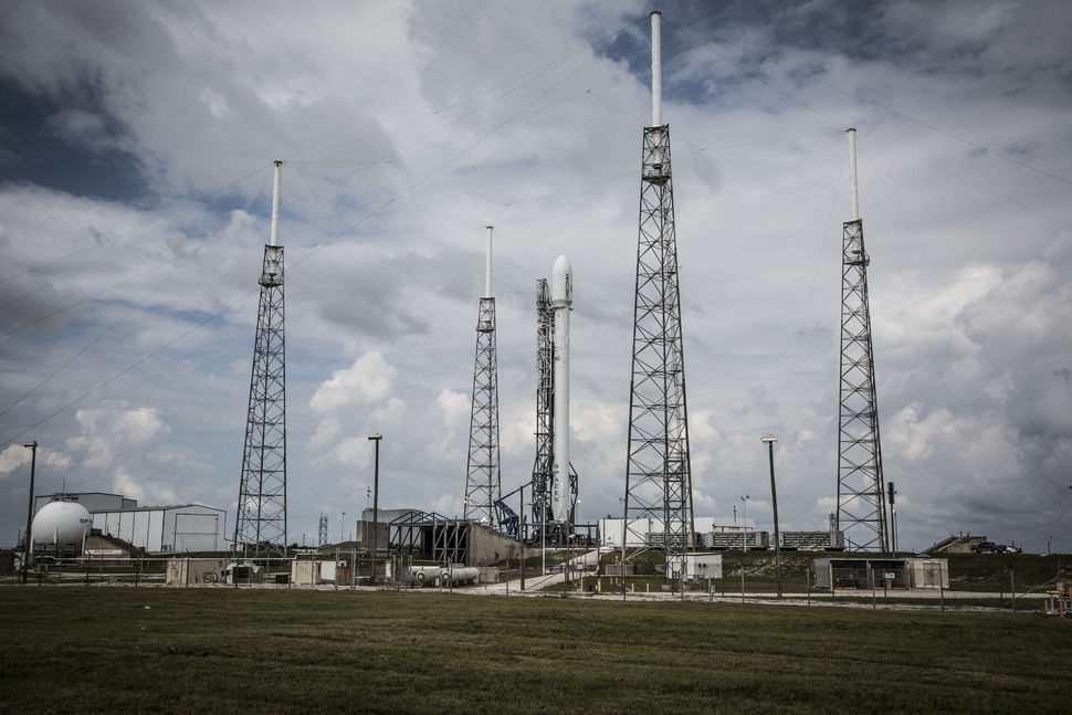 File photo of SpaceX's Falcon 9 rocket before launching six Orbcomm satellites in 2014. Credit: SpaceX