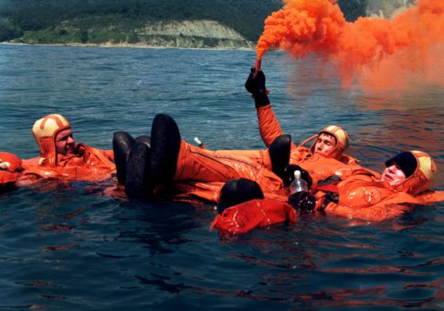 Expedition 1 crew members Bill Shepherd, Sergei Krikalev and Yuri Gidzenko undergo survival training in the Black Sea in 1997. Credit: NASA