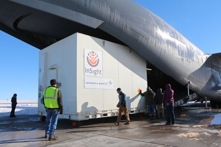 The InSight spacecraft was shipped from Colorado to California on Dec. 16 inside a U.S. Air Force C-17 cargo transport plane. Credit: NASA/JPL-Caltech/Lockheed Martin